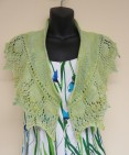 spring green shawlette, Sue